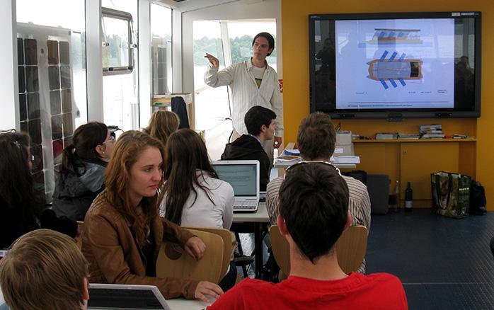 Foto: Seminar mit Schülern
